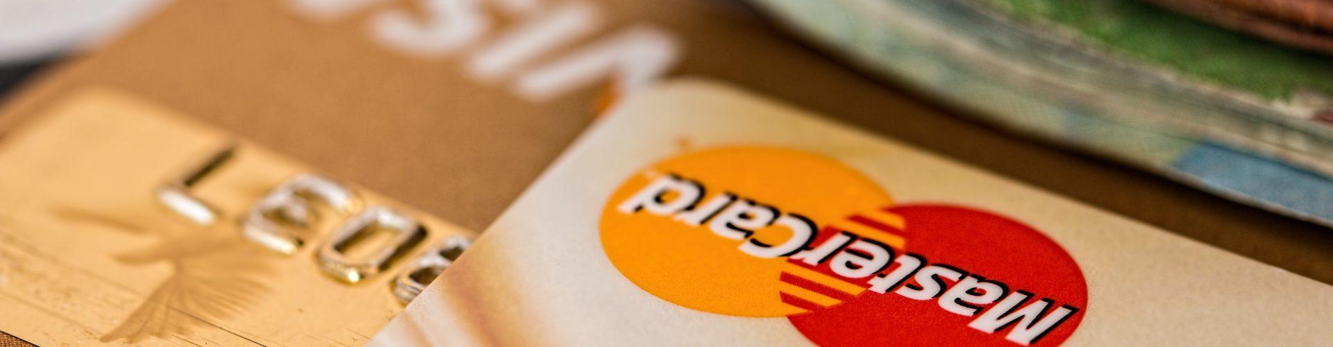 Credit Card vs Cash